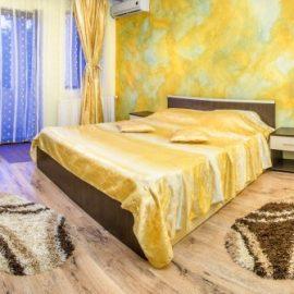 camera-dubla-superioara-hotel-eos-bucuresti-2-stele