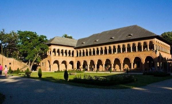 viziteaza-palatul-mogosoaia