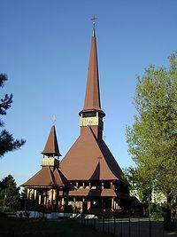 biserica din lemn in stil maramuresean